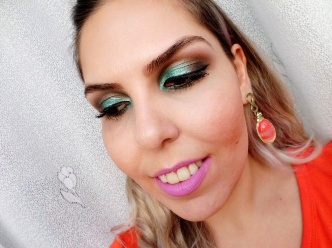 maquiagem_verde_com_marrom3D_02